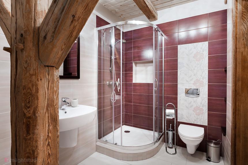 Łazienka w apartamencie Bera Biała