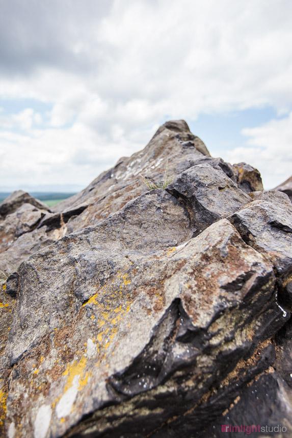 Powulkaniczny nek Czartowska Skała