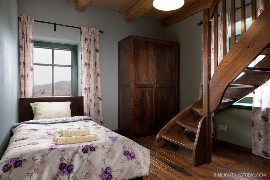 Sypialnia dolna w apartamencie Paryżanka
