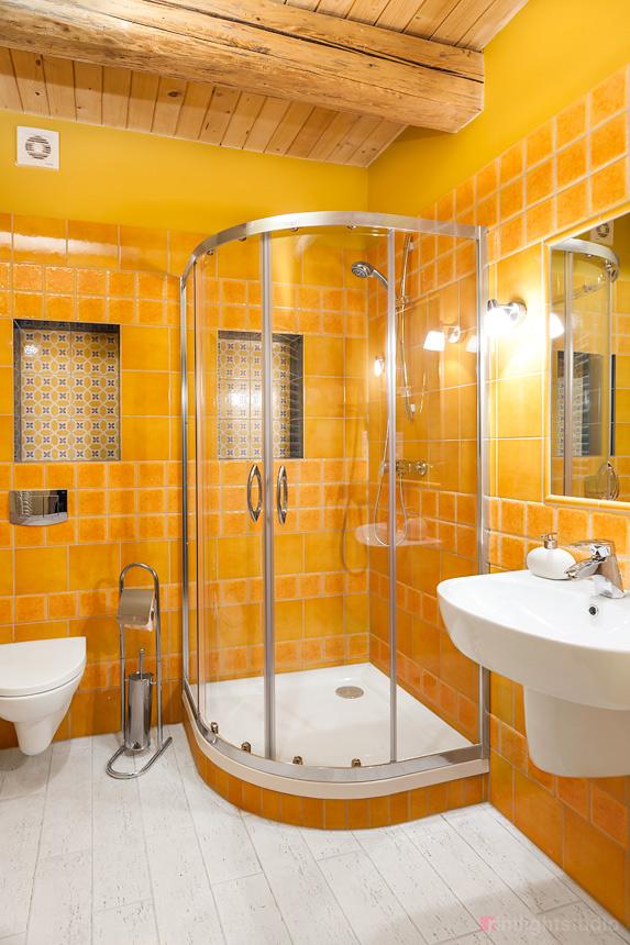 Łazienka w apartamencie Guyota z antresolą 6 os.